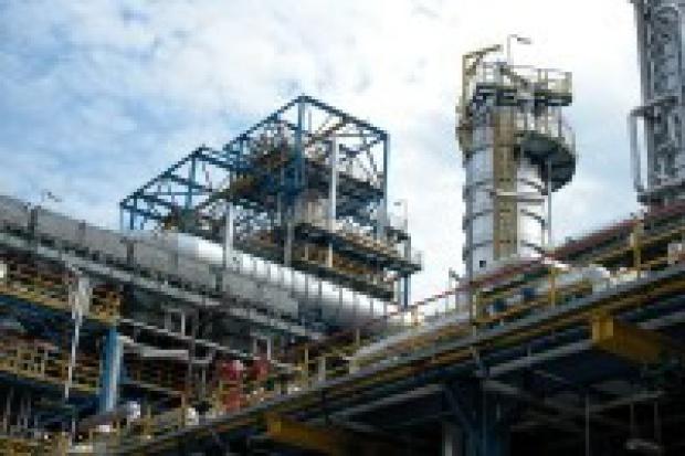 Nadwyżkę benzyny na rynku wykorzysta petrochemia