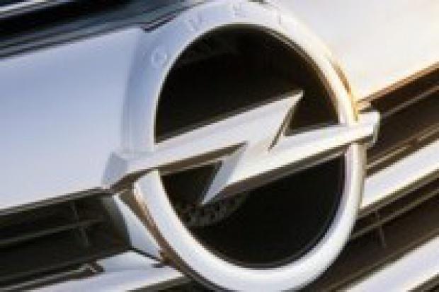 Odświeżone logo marki Opel
