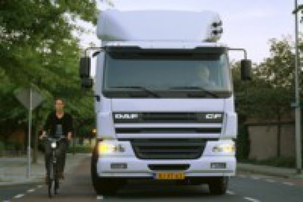 Nowe przepisy ws. lusterek w ciężarówkach