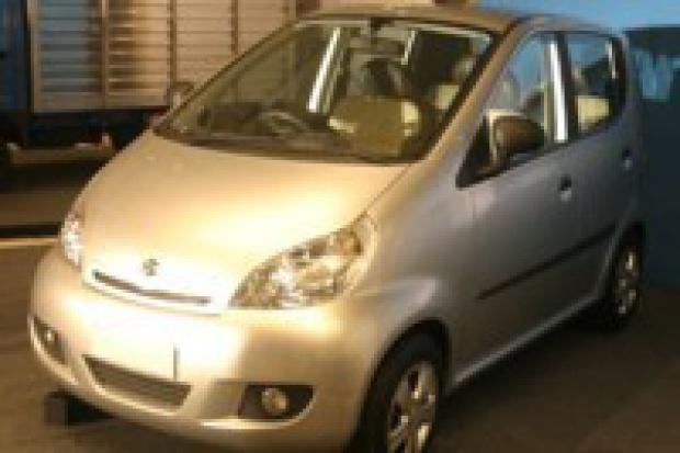 Kolejne auto z Indii za 2500 USD