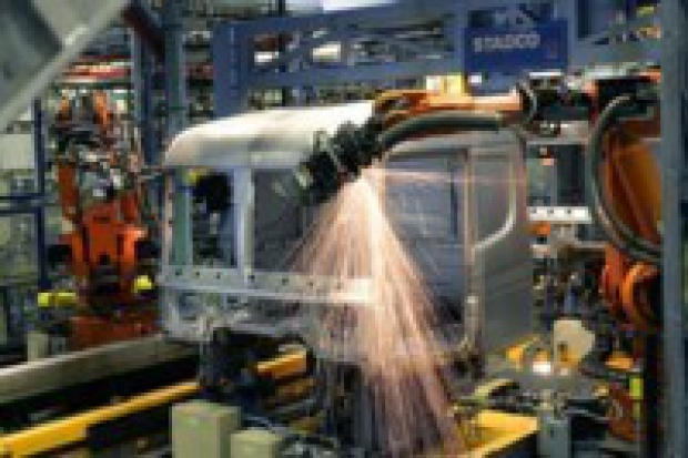 Scania: większa produkcja, mniej etatów