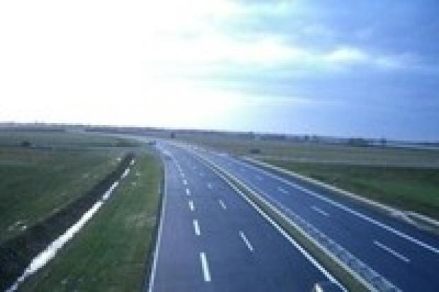 Karami i premiami rząd chce przyspieszyć inwestycje drogowe