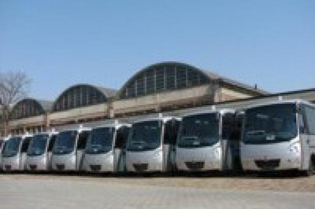 40 autobusów z Kapeny na służbę policji