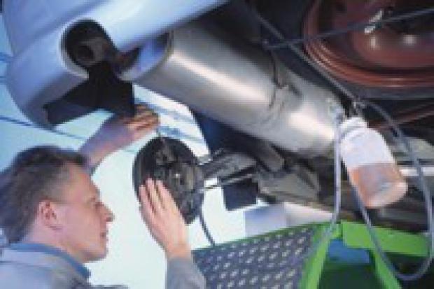 Kolejny apel o utrzymanie przepisów dot. części i napraw samochodowych