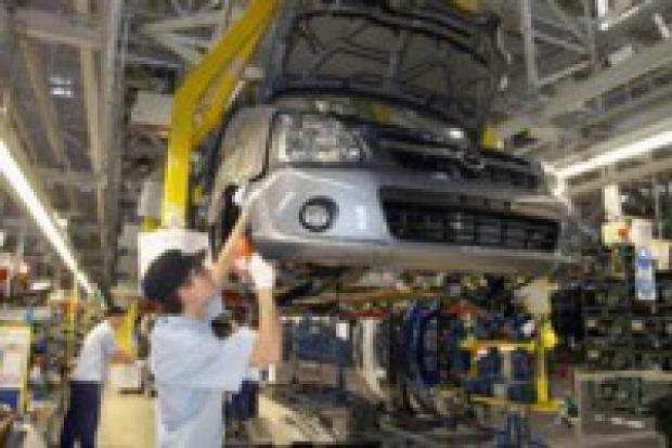 Długie majowe weekendy a produkcja aut w Polsce