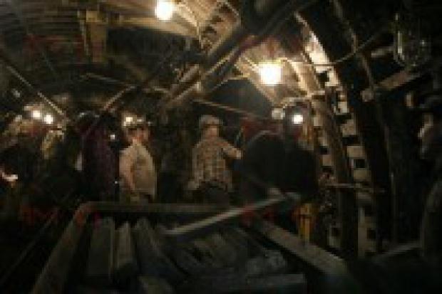 Ukraina: trwają poszukiwania 12 górników