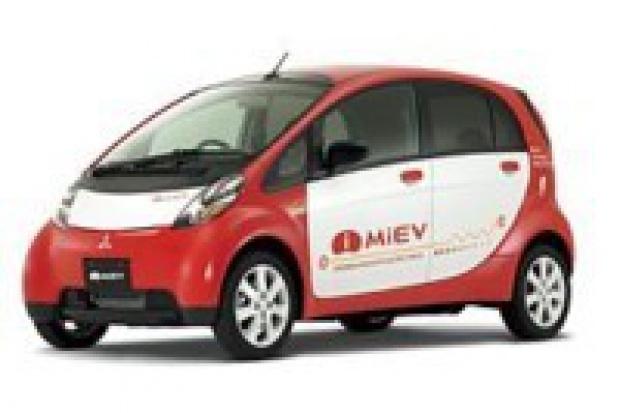 Elektryczny i-MiEV oficjalnym pojazdem Szczytu G8