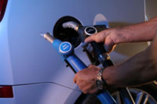 Kuga: nie wlejesz niewłaściwego paliwa