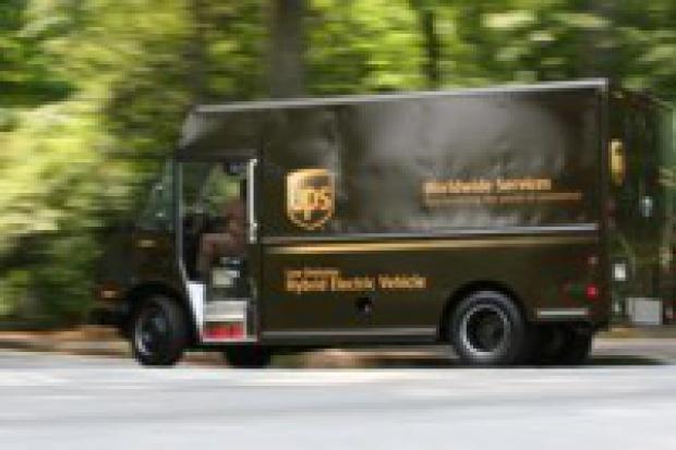 UPS zamawia 200 hybryd i 300 aut na gaz