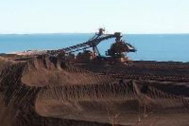 Rio Tinto inwestuje, by zwiększyć wydobycie rudy żelaza