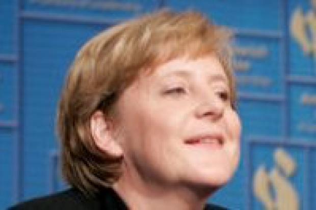 Angela Merkel jest przeciwna obniżce podatków w związku z cenami paliw