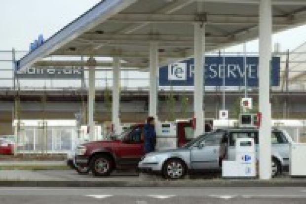 Benzyna znowu drożeje