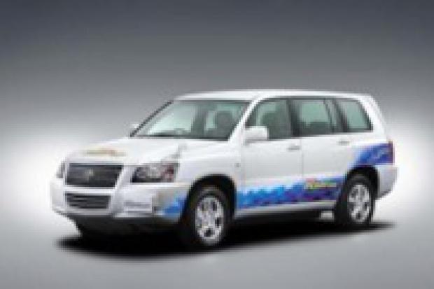 Toyota na wodór: solidny zasięg