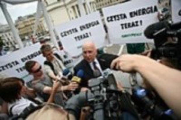 Greenpeace krytykuje premiera Pawlaka
