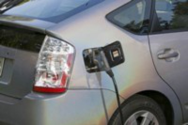 Samochodowego eko-lidera na razie brak