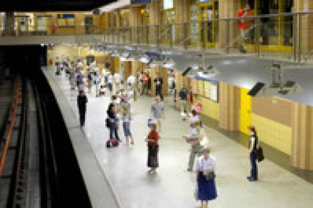 Warszawa rezygnuje z drugiej linii metra?