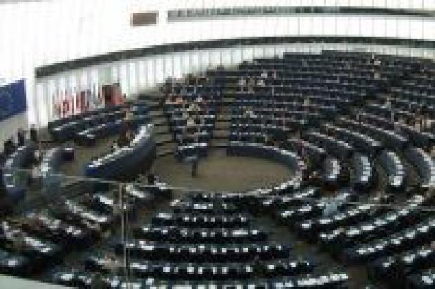 Parlament Europejski o podziale rynku gazu