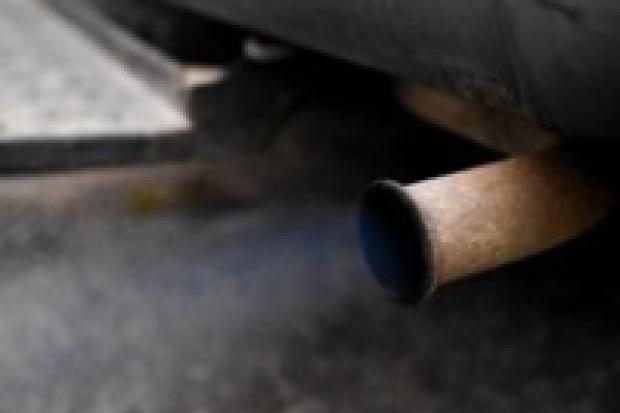 Francja: nabywcy trujących aut zapłacą więcej