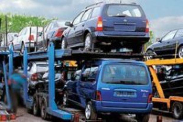Znowu więcej sprowadzonych aut używanych