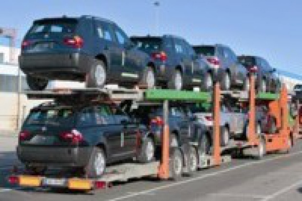Sprowadzimy milion aut