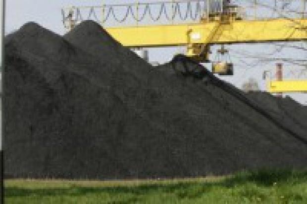 Produkcja węgla kamiennego i gazu spadła, a ropy wzrosła