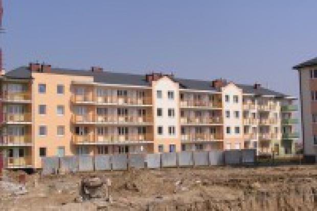Mieszkania tanieją, trwa walka o klientów