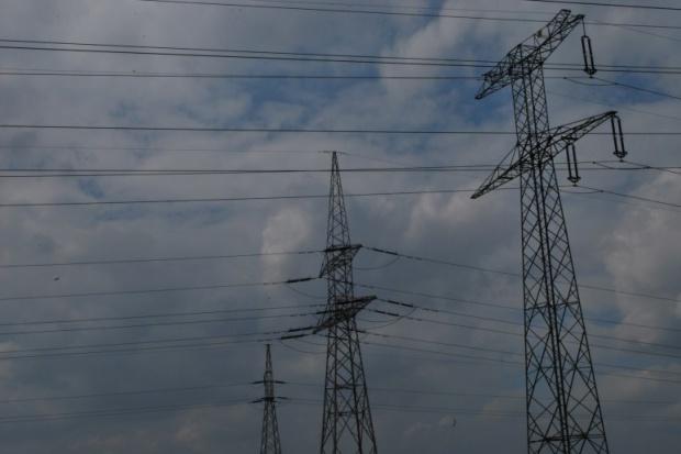 Sprzedawcy energii walczą z jej dystrybutorami
