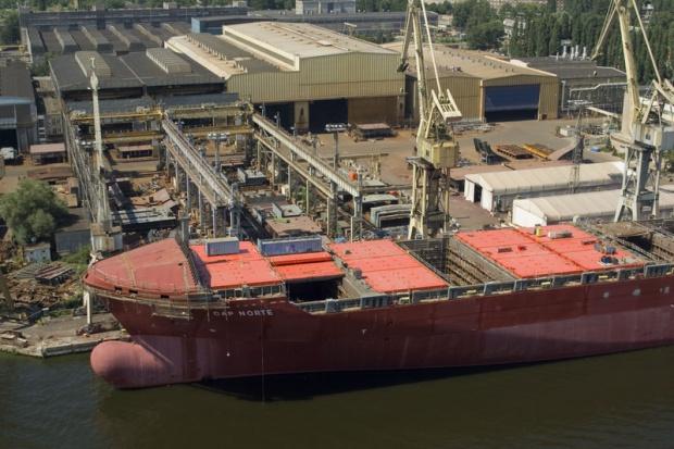 Dobijanie stoczni Szczecin