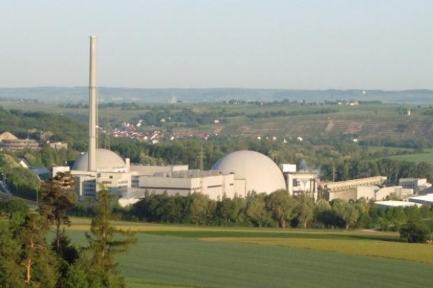Rząd Merkel broni atomu
