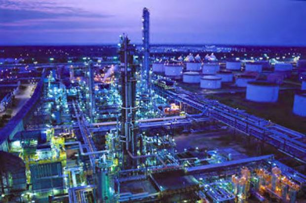 Polskim koncernom naftowym nie grozi przejęcie