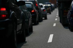 Ponad 14 lat to średni wiek auta w Polsce