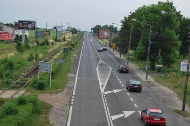 Tusk zapowiada program budowy dróg lokalnych