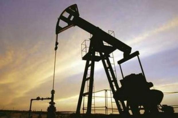 Ropa naftowa jest najtańsza od pół roku