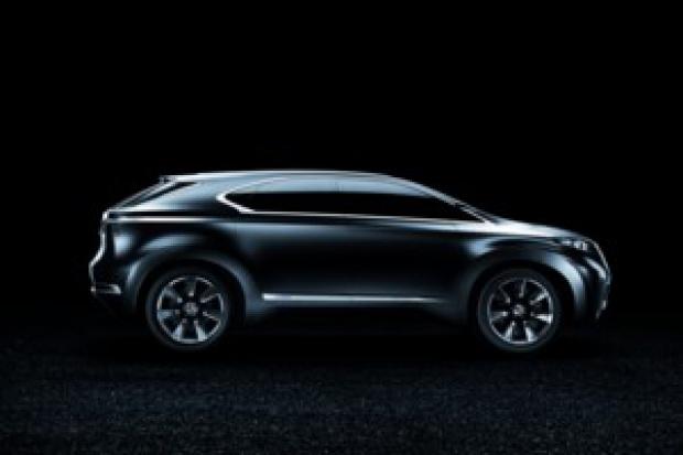 Lexus w Paryżu: IS 250 cabrio, hybrydowy koncept i 4x4 dla flagowca