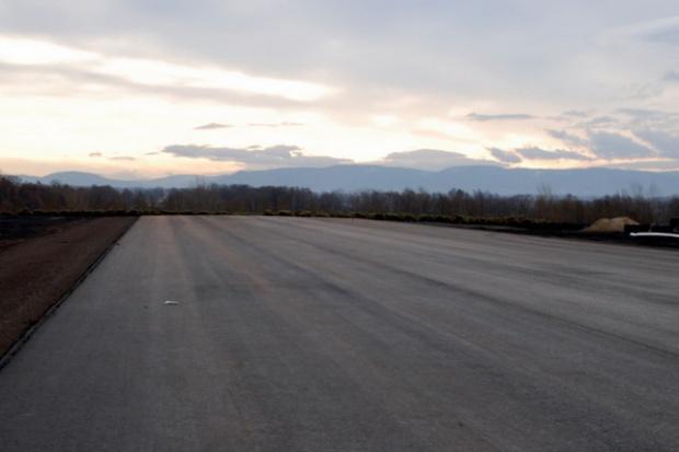 Wojskowe lotniska idą do cywila