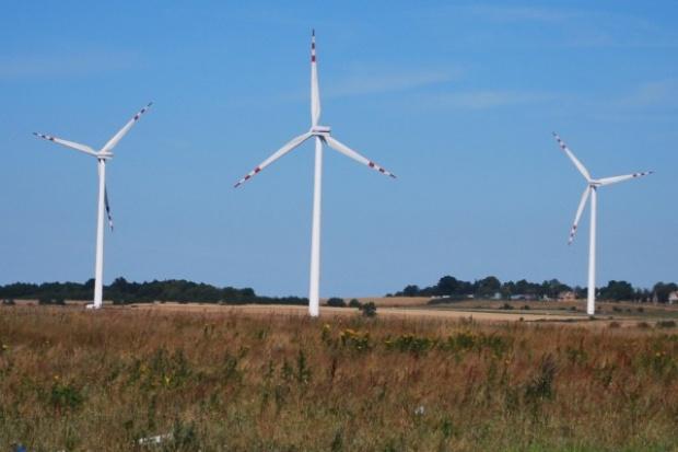 Zbyt mało turbin wiatrowych?