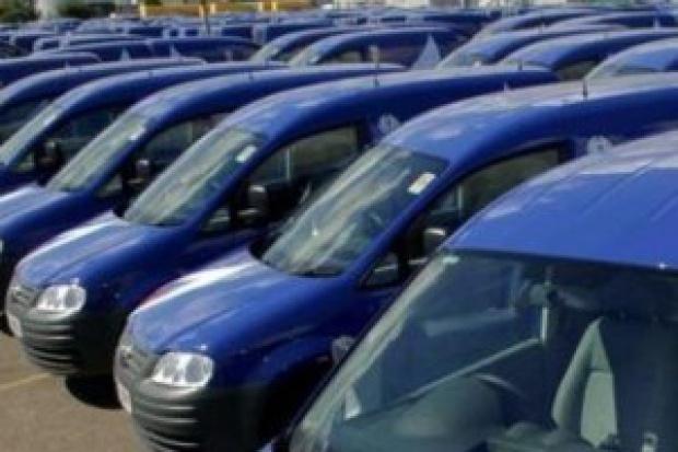 Spada sprzedaż samochodów dostawczych