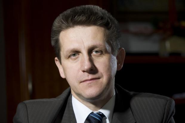 Minister Bury o debiucie Enei