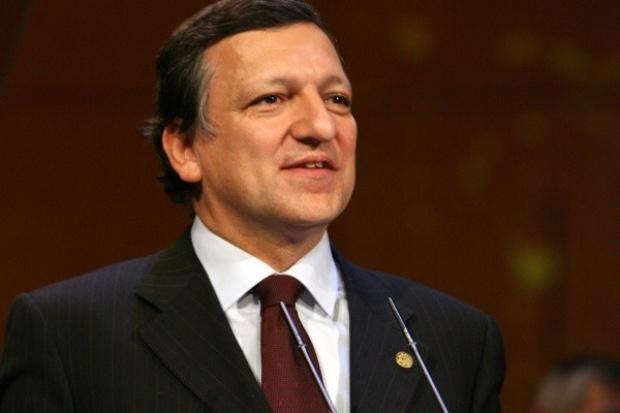 Barroso przed szczytem: pakiet klimatyczny bez względu na kryzys finansowy