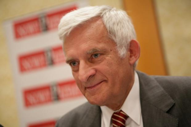 Jerzy Buzek: Polska nie powinna wetować pakietu klimatycznego