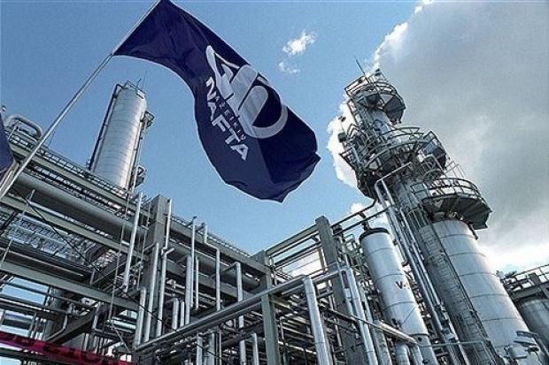 Rekordowy wzrost przerobu ropy w Możejkach