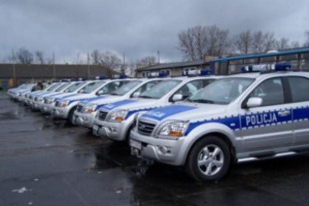 Trwa odświeżanie parku policyjnych radiowozów
