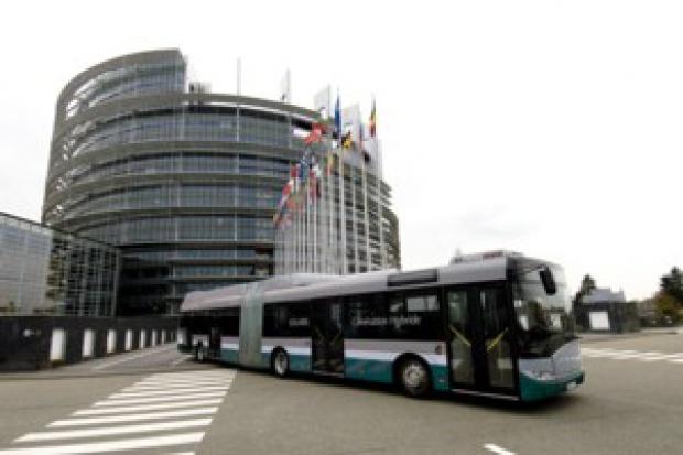 Strasburg zainteresowany hybrydą Solarisa