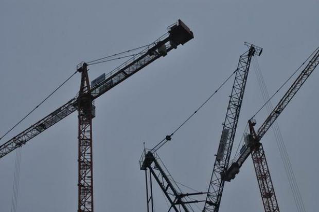 Czarnecki zdecydował o wstrzymaniu na 6 miesięcy budowy  Sky Tower