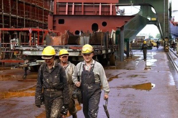 Stoczniowcy chcą odpraw jak górnicy