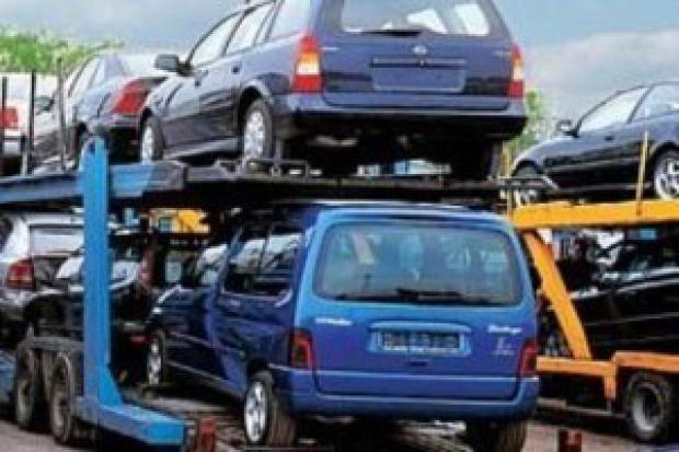 Kupowanie aut za granicą przestanie się opłacać