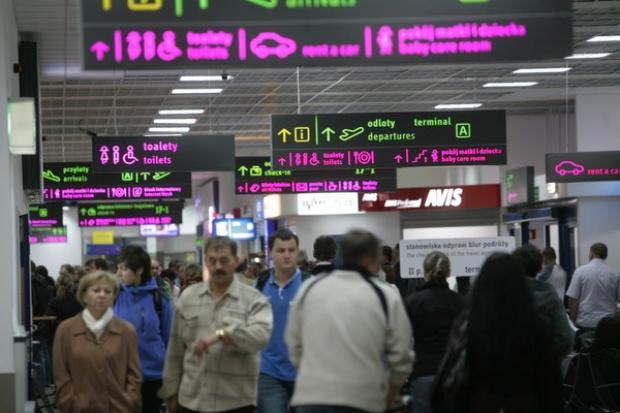 Lotniska spodziewały się miliona pasażerów więcej