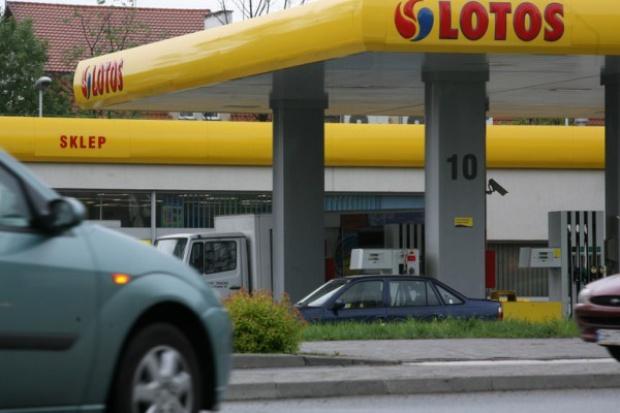 Lotos dostarczy paliwa za 860 mln zł dla Shell Polska