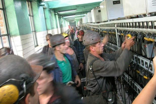 Górnictwo: Sierpień 80 rozpoczyna batalię o wzrost wynagrodzeń
