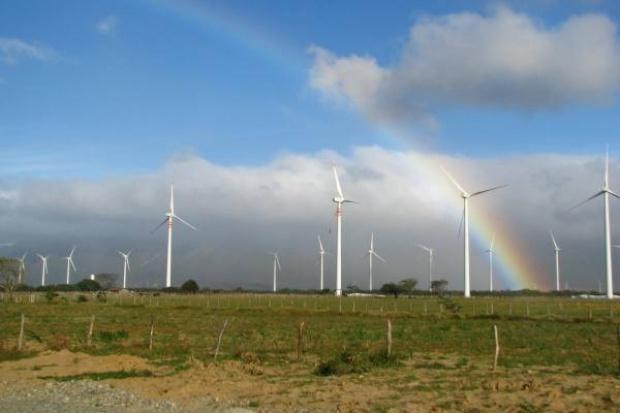 Cemex buduje farmę wiatrową w Meksyku